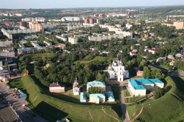 Dmitrovskiy-kreml-s-vyisotyi