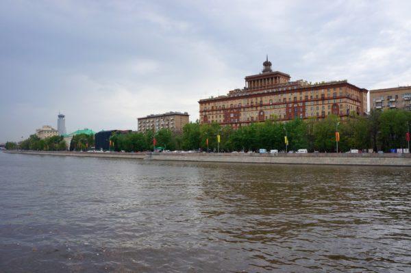 Kosmodamianskaya-naberejnaya-2012_05