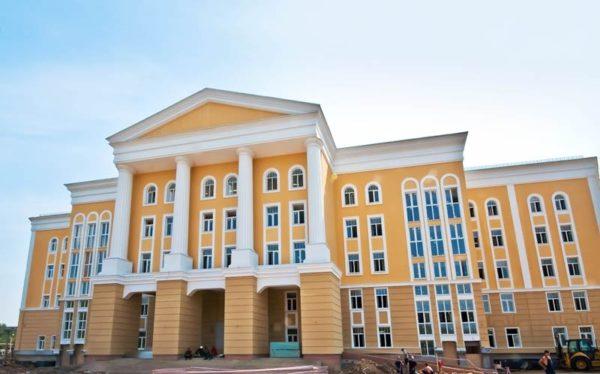 moskovskaya-gosudarstvennaya-akademiya-akvareli-i-izyashchnykh-iskusstv-sergeya-andriyaki-0