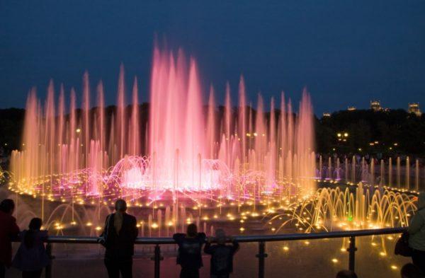 svetomuzykalnyj-fontan