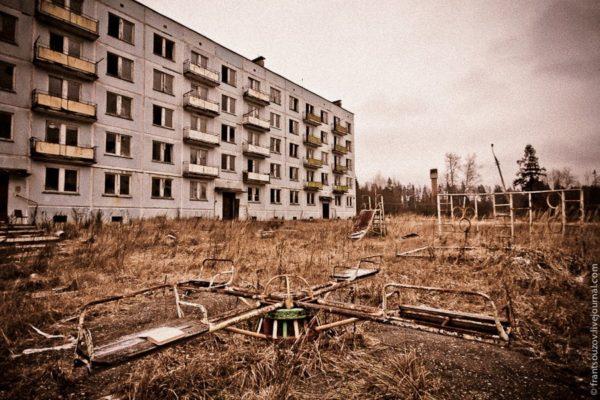 zabroshennyy_voennyy_gorodok_v_podmoskove_04