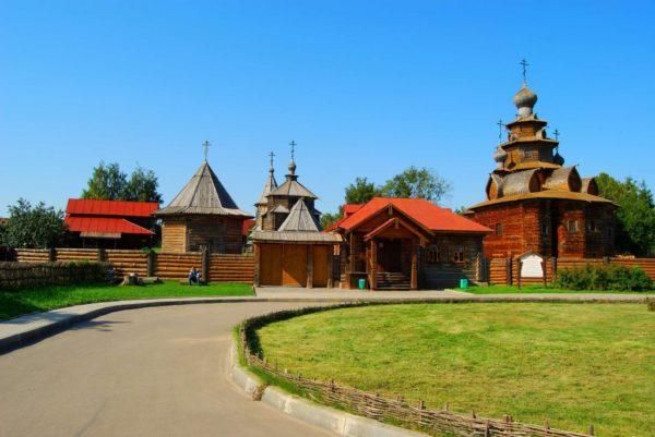 Суздаль-Музей-Деревянного-Зодчества